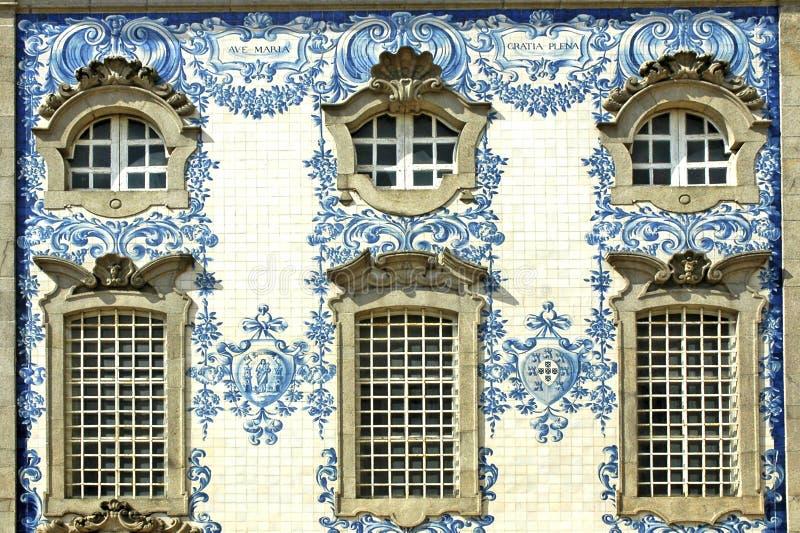 Il Portogallo, Oporto: Facciata fotografie stock