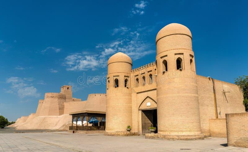Il portone ad ovest di Itchan Kala - Khiva, l'Uzbekistan fotografia stock libera da diritti