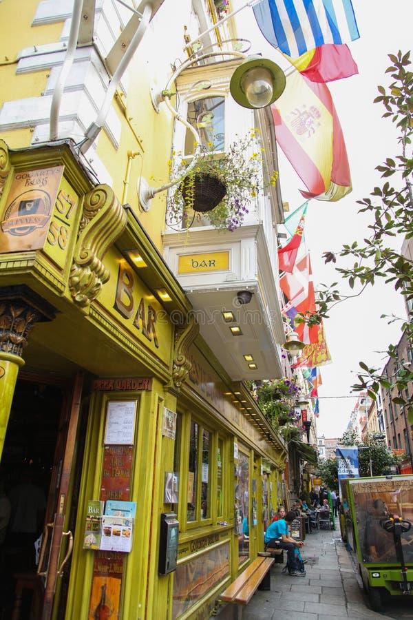 Il pub di Oliver St John Gogarty sul tempio Antivari nel centro urbano, immagini stock libere da diritti