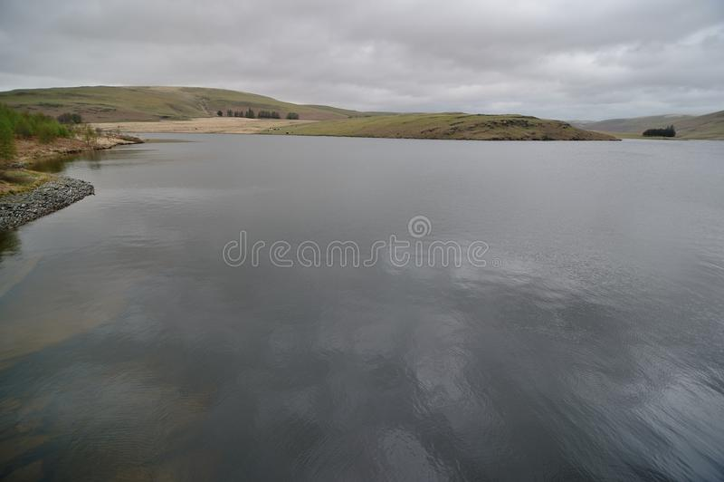Il punto di vista di Craig Goch Dam, spesso chiamato la diga superiore, è una diga della muratura in Elan Valley di Galles immagine stock