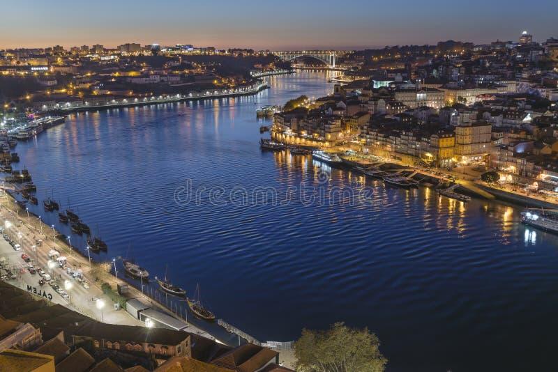Il punto di vista di Dom Luis River da Miradouro Serra fa Pilar fotografia stock libera da diritti