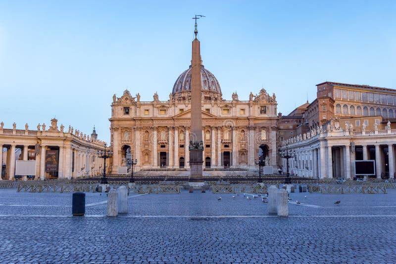 Il quadrato di St Peter a Città del Vaticano - Roma, Italia immagini stock libere da diritti