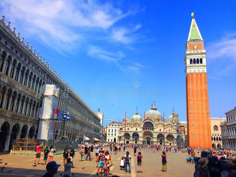 Il quadrato principale di Venezia Il quadrato famoso del ` s di St Mark L'Italia fotografia stock