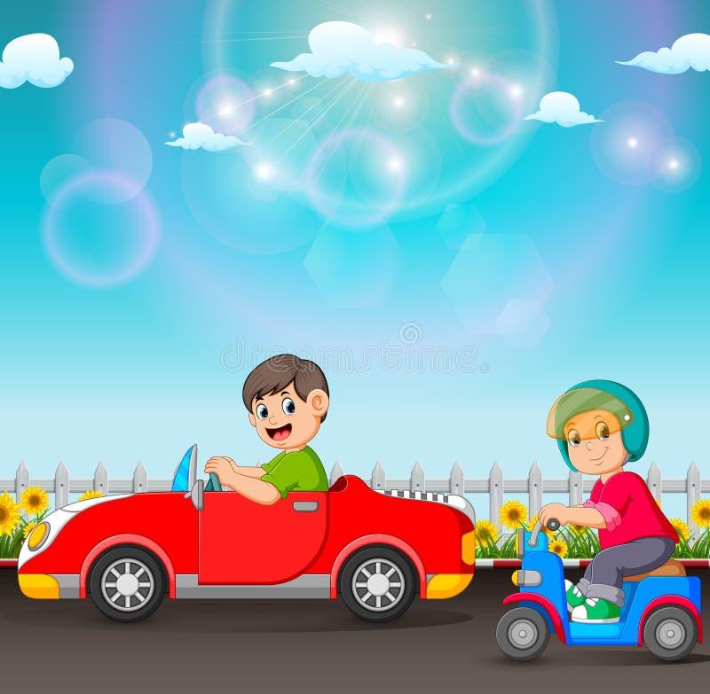 Il ragazzo sta conducendo l'automobile e quella sta guidando il motorino royalty illustrazione gratis