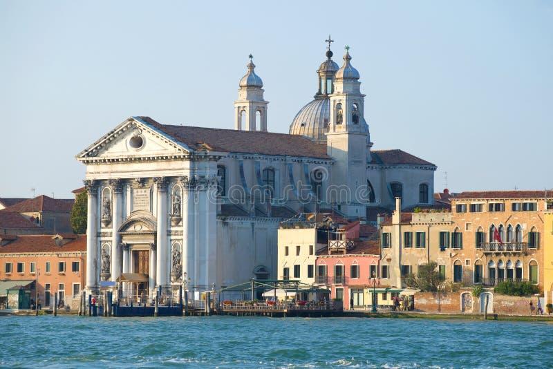 狂愈9il�:)�h�_il redentore的教会在giudecca海岛上的在一个9月晚上