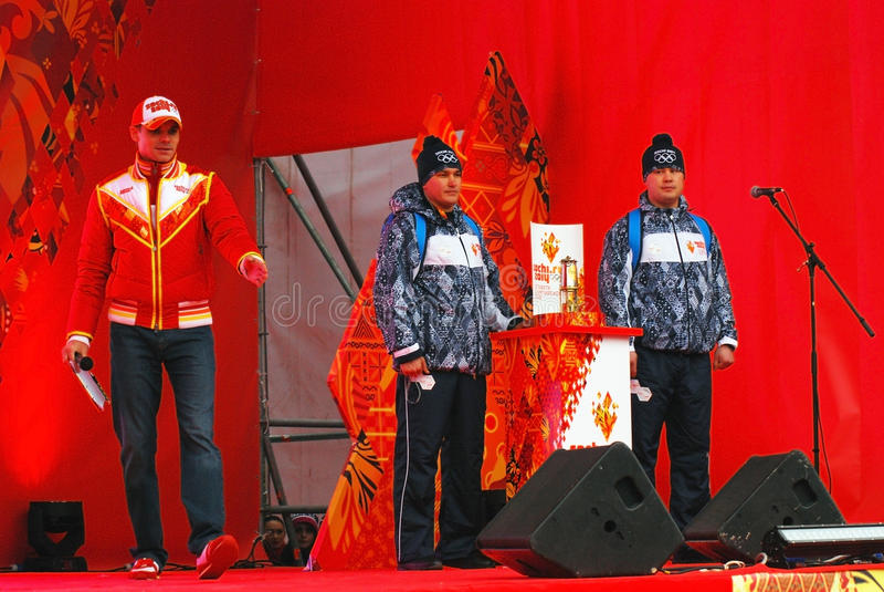 Il relè della fiamma olimpica a Mosca fotografia stock