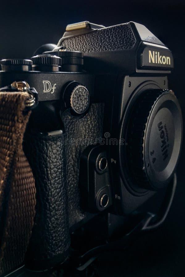Il retro DSLR 16MP nero della macchina fotografica immagine stock