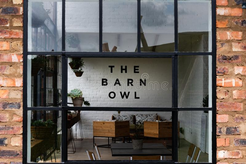 Il ristorante dei barbagianni in Natal Midlands immagine stock libera da diritti