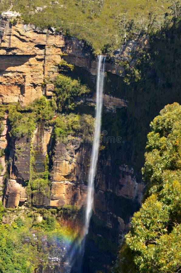 Il salto di Govetts cade discendendo nella valle di Grose individuata con fotografie stock libere da diritti