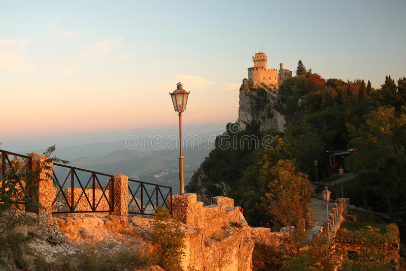 Il San Marino, castello, Italia immagini stock