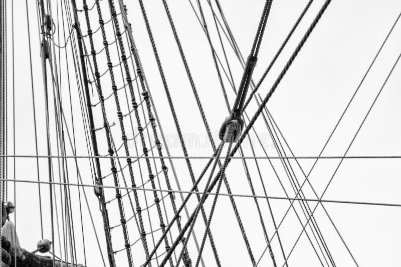 Il sartiame sulla nave fotografia stock libera da diritti