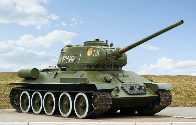 Il secondo serbatoio russo T34 di guerra mondiale fotografia stock libera da diritti