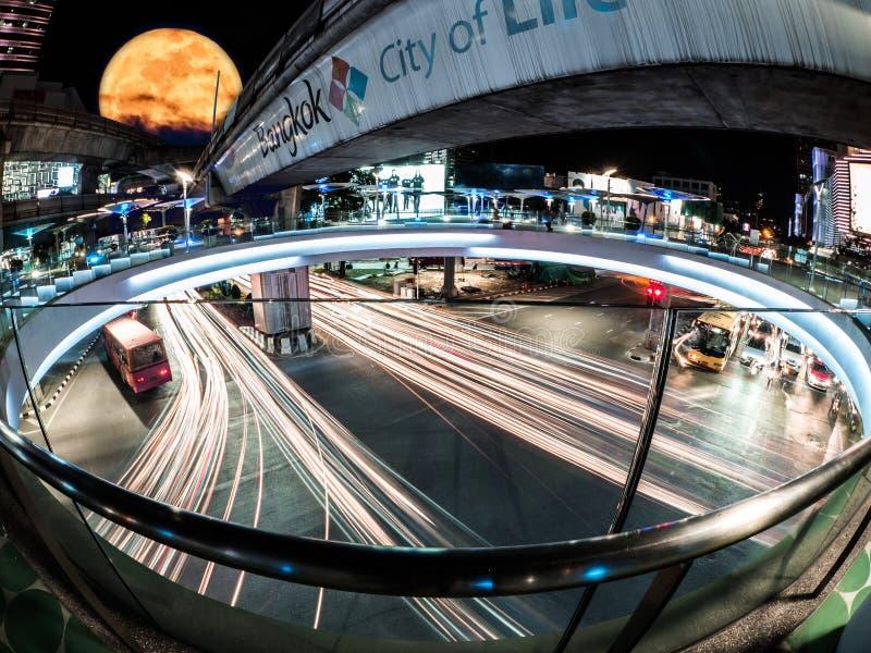 Il Siam, il centro di Bangkok, città di luce di dove ingorghi stradali fotografia stock