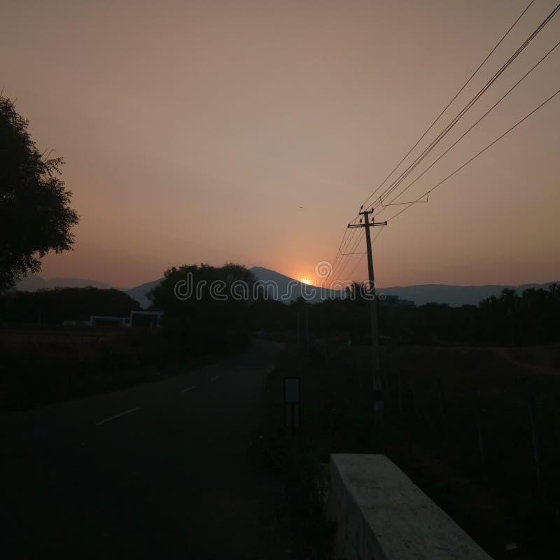 Il Sun ha finito i suoi impianti dopo il clic di vigilia una fotografie stock