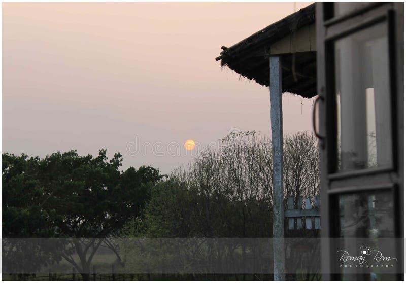 Il Sun ha fissato appena un inizio fotografia stock libera da diritti
