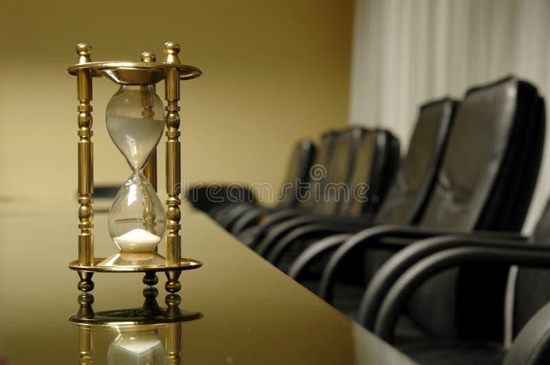 Il suo tempo per la riunione d'affari fotografie stock