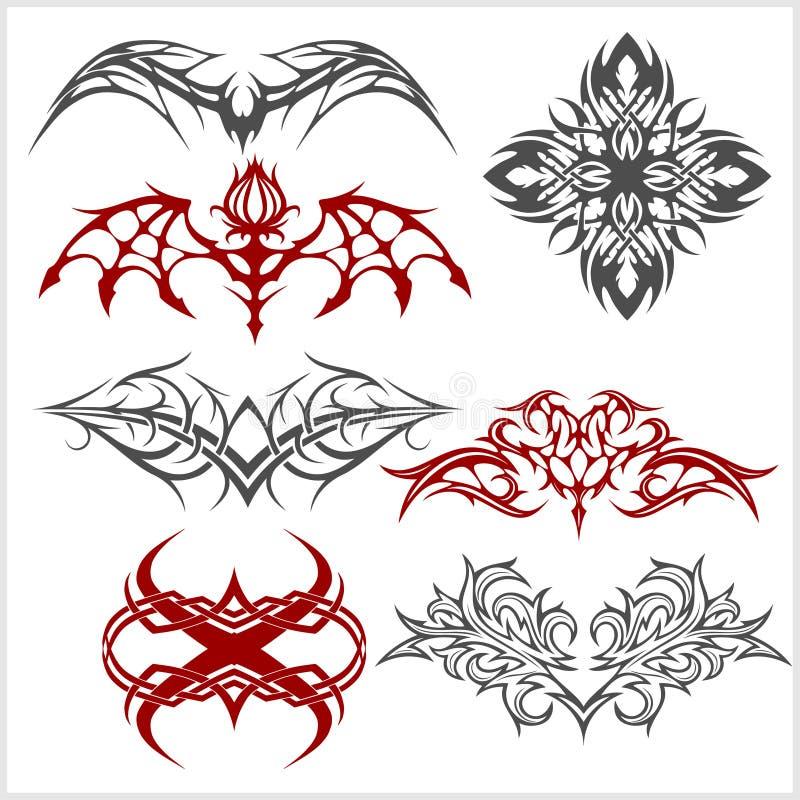 Il tatuaggio ha messo nello stile tribale su fondo bianco illustrazione vettoriale