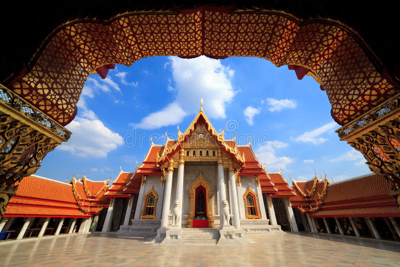 Il tempiale di marmo, Bangkok, Tailandia immagini stock libere da diritti