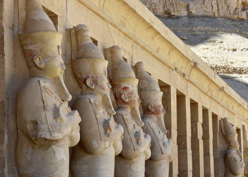 Il tempio della regina Hatshepsut e della valle dei re fotografia stock libera da diritti