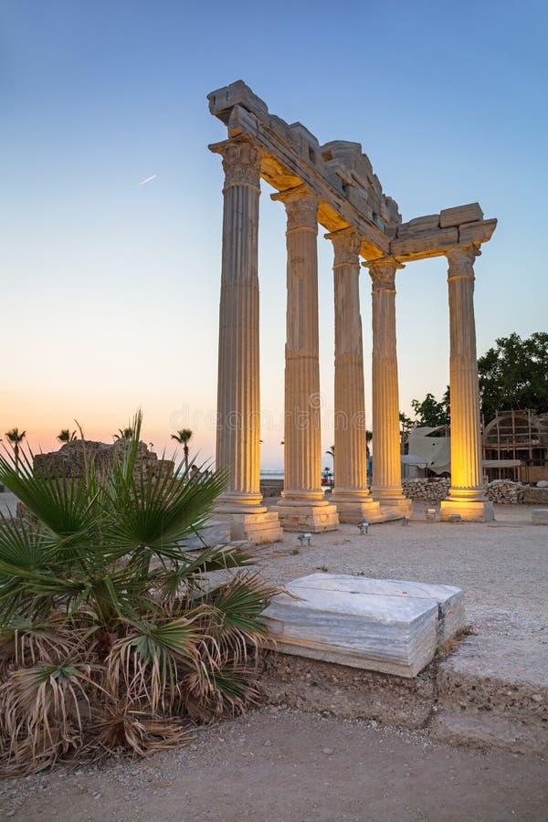 Il tempio di Apollo nel lato al tramonto, Turchia immagini stock libere da diritti