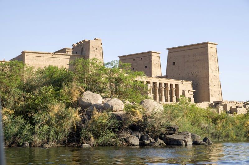 Il tempio di ISIS da Philae vicino ad Assuan, Egitto fotografie stock
