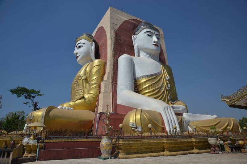 Il tempio di quattro monaci dei fronti nel Myanmar fotografia stock libera da diritti