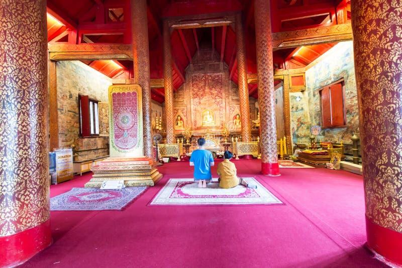 Download Il Tempio Molto Bello Di Wat Phra Singh Immagine Stock - Immagine di colore, disegno: 56893391