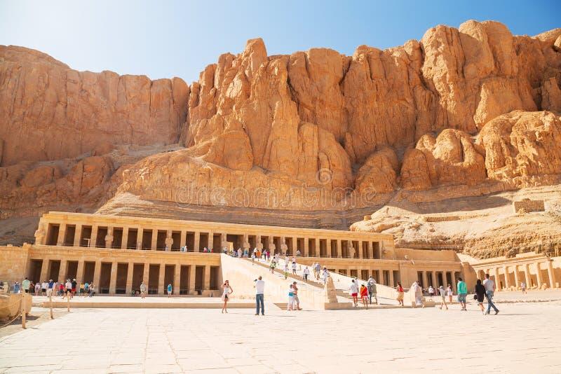 Il tempio mortuario della regina Hatshepsut fotografia stock libera da diritti