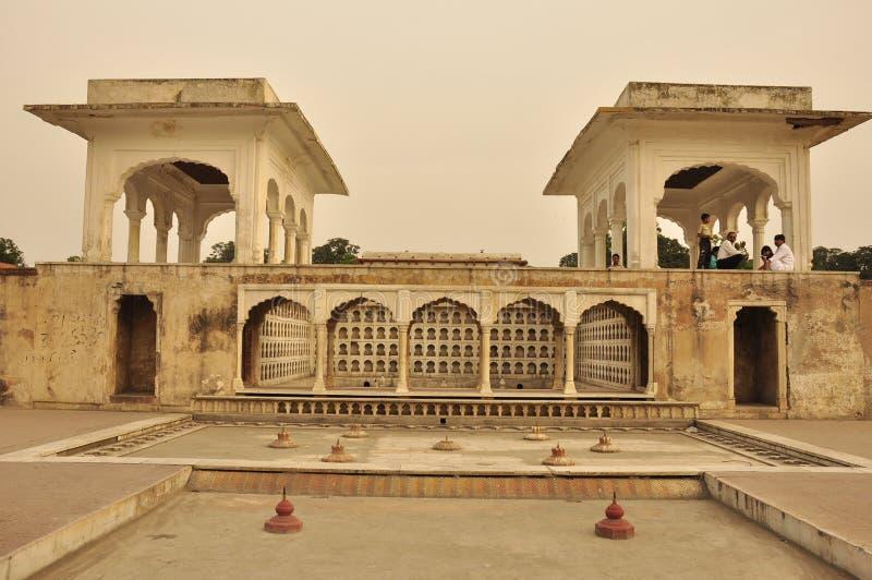 Il terrazzo in Shalimar fa il giardinaggio al tramonto, Pakistan immagini stock