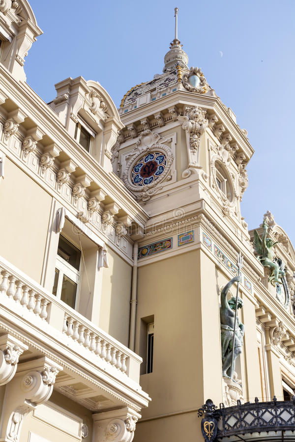 Il tetto di Monte Carlo Casino, Monaco, Francia fotografie stock libere da diritti