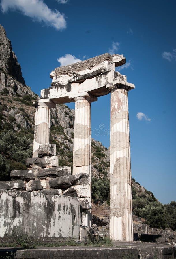 Il Tholos al santuario di Athena Pronoia fotografie stock libere da diritti