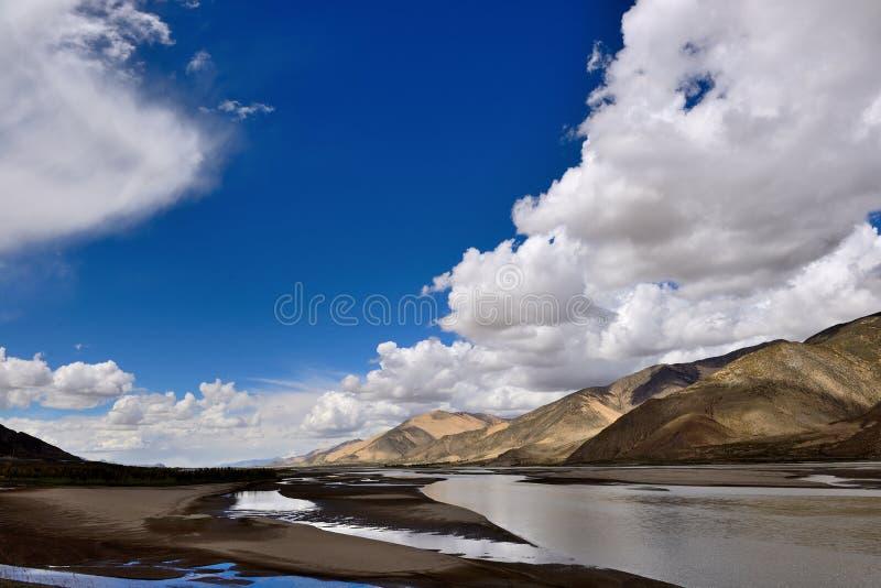 Il Tibet il Brahmaputra fotografia stock libera da diritti