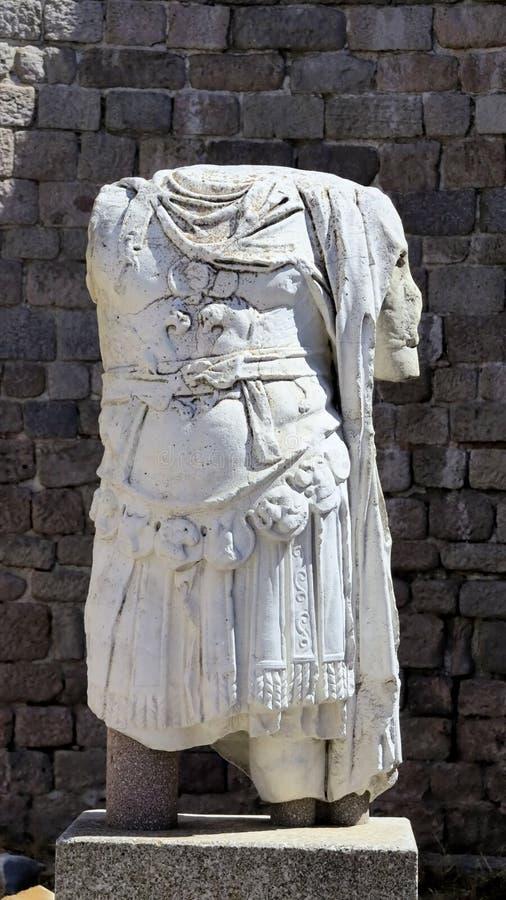 Il torso scolpisce i monumenti archeologici, Bergama, Turchia fotografia stock
