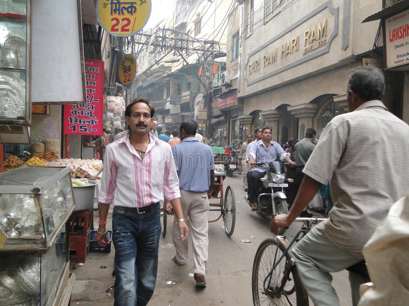 Il traffico misura Chandi in pollici vicino di andata Chowk fotografie stock