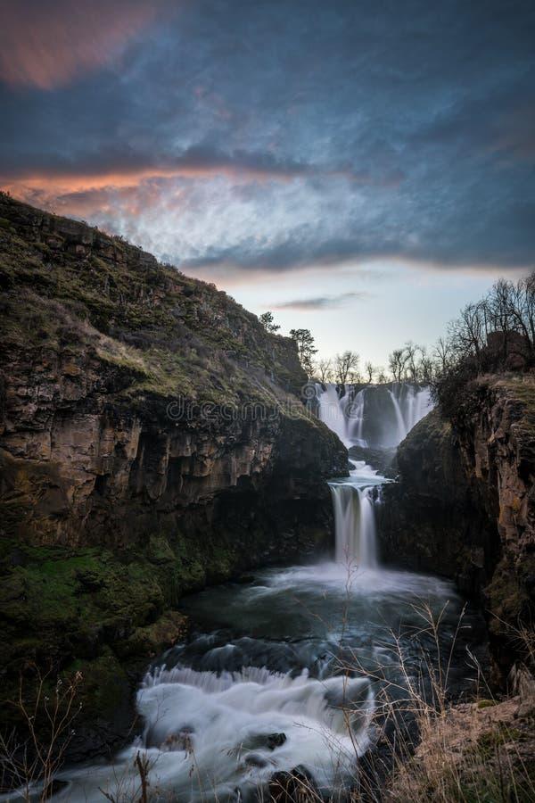 Il tramonto al fiume White cade l'Oregon immagine stock