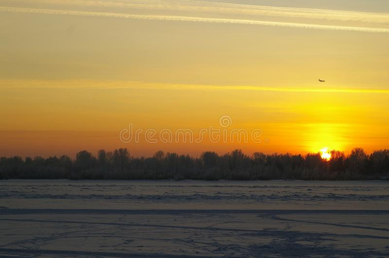 Il tramonto di inverno fotografia stock libera da diritti