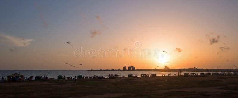 Il tramonto a Galle affronta l'area urbana fronte mare del parco in Colombo Sri Lanka immagine stock libera da diritti