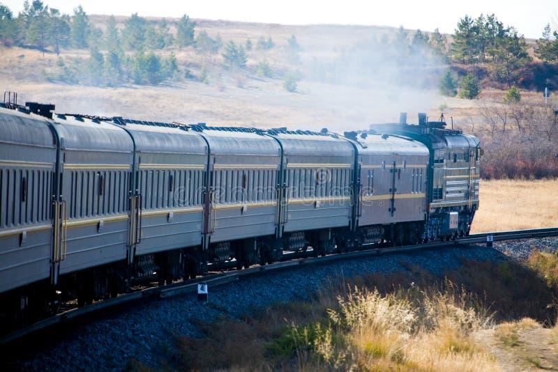 Il treno transsiberiano fotografie stock