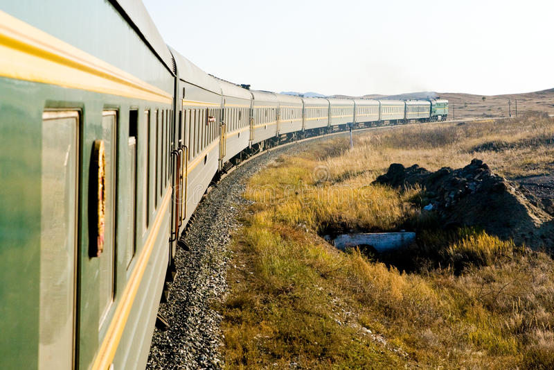 Il treno transsiberiano fotografia stock