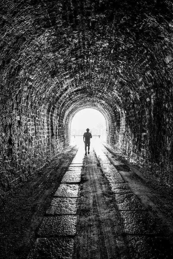 Il tunnel immagini stock