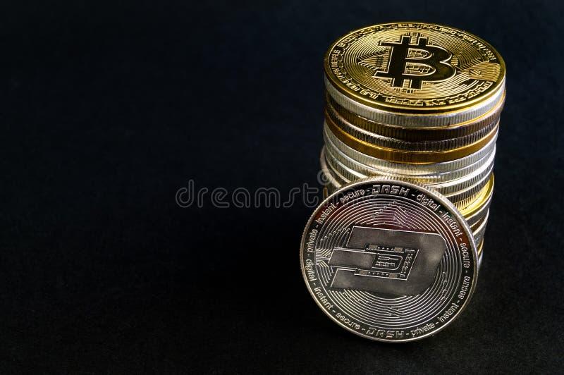 Il un poco ? un modo moderno dello scambio e questa valuta cripto ? mezzi di pagamento convenienti nel finanziario fotografie stock