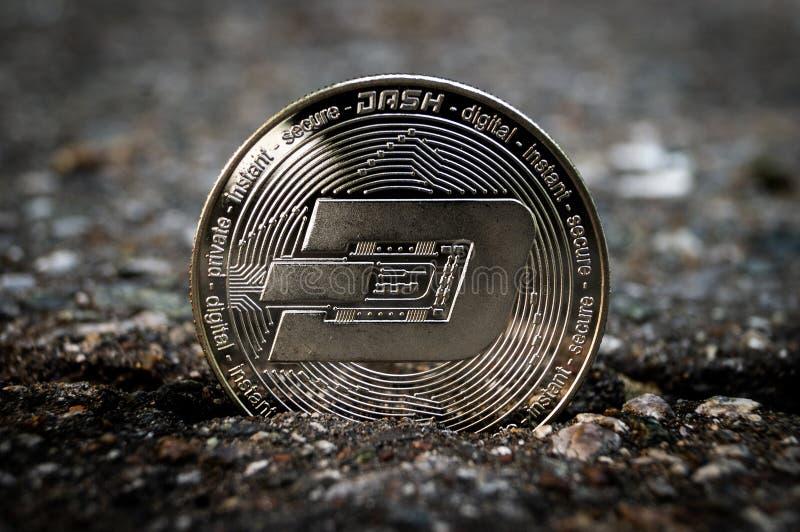 Il un poco ? un modo moderno dello scambio e questa valuta cripto ? mezzi di pagamento convenienti nel finanziario fotografia stock