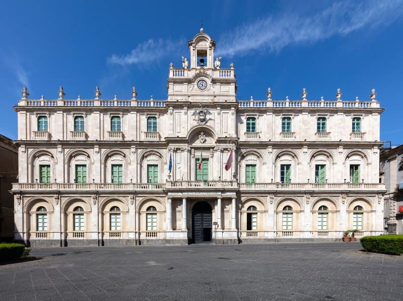 Il ` Universita del dell di Palazzo a Catania, Sicilia, Italia immagine stock