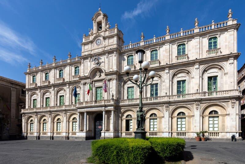 Il ` Universita del dell di Palazzo a Catania, Sicilia, Italia immagine stock libera da diritti