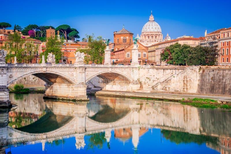 Il Vaticano, Roma, Italia - piazza San Pietro immagine stock