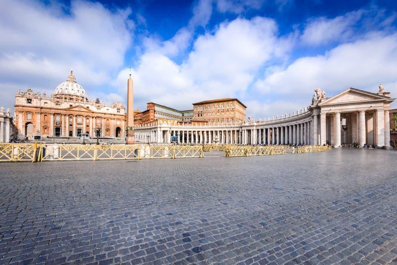 Il Vaticano, Roma - San Pietro Basilica immagini stock libere da diritti
