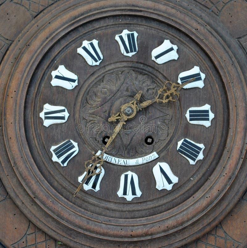 Il vecchio orologio fotografie stock