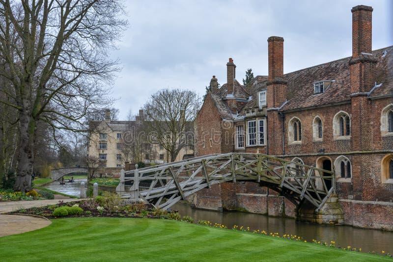 Il vecchio ponte matematico a Cambridge, Inghilterra fotografia stock
