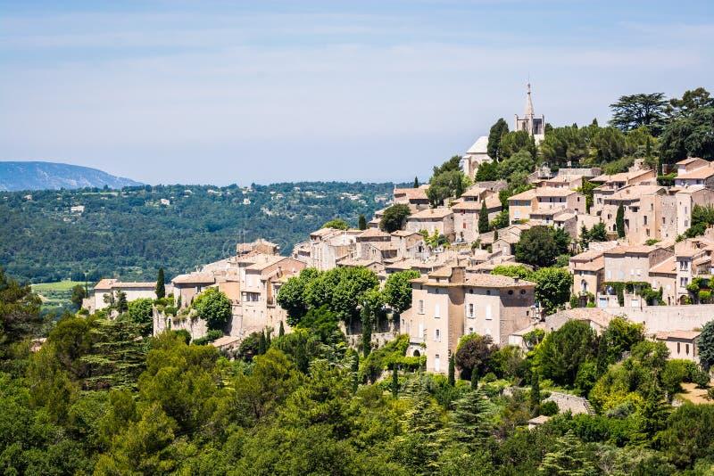 Il vecchio villaggio Bonnieux si ? situato su una collina in Provenza, Francia fotografia stock