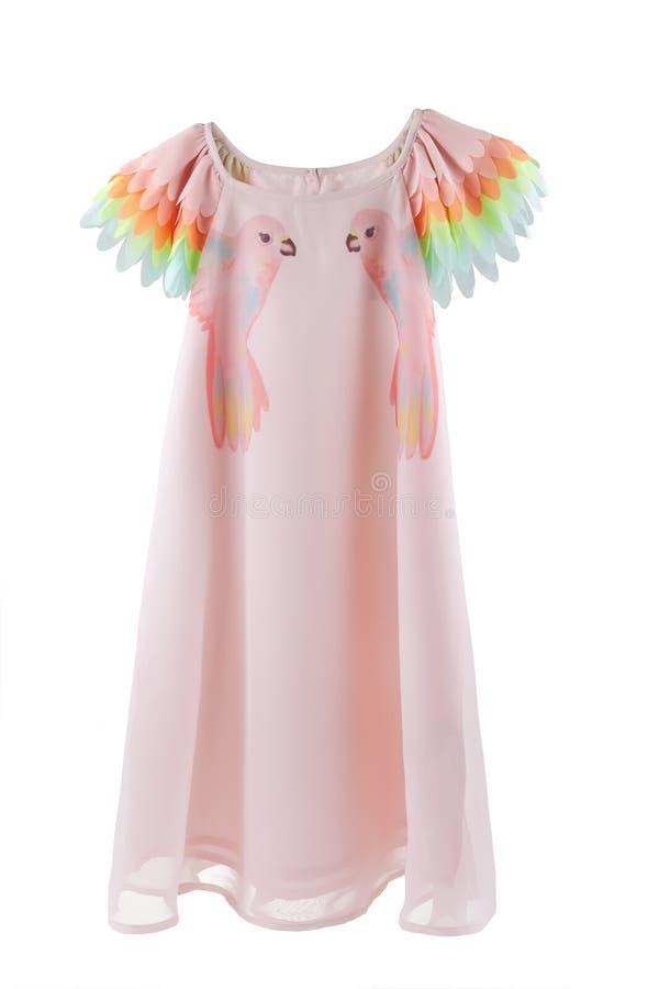 Il vestito chiffon con i pappagalli stampa ed ali variopinte per le maniche fotografia stock libera da diritti